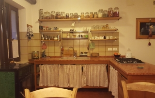 kitchen in mountains-min (2)